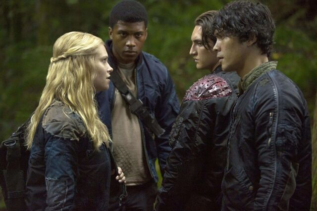 File:Normal the100source season1 stills 102 0007.jpg