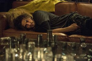 The-100-Wanheda-Part-1-3x01- Murphy traped in the bunker