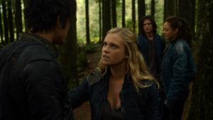 Twilight's Last Gleaming 050 (Bellamy, Clarke, Raven and Finn)