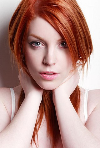 File:Beautiful,ginger,girl,red,hair,redhead,woman-798c92a0b6f07b8ddf64045d340535a1 i.jpg