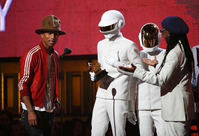 File:Grammys.jpg