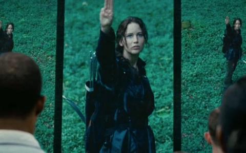 File:Katniss everdeen.png