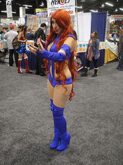 WonderCon 2012 - Starfire from Teen Titans
