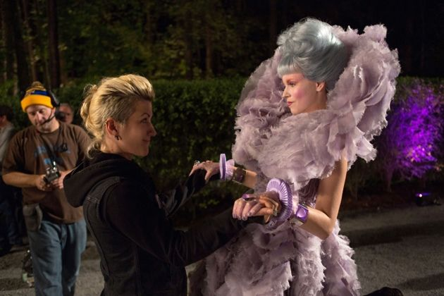 File:Bts-effie-catching-fire-movie-14.jpg