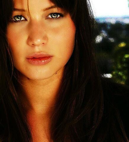 File:Katnissroxeverdeen.jpg
