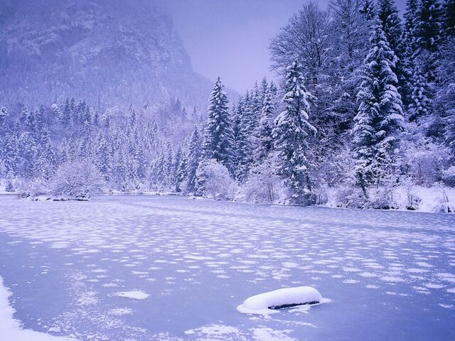 File:Frozen-Lake-Schnolzersee-Bavaria-Germany.jpg