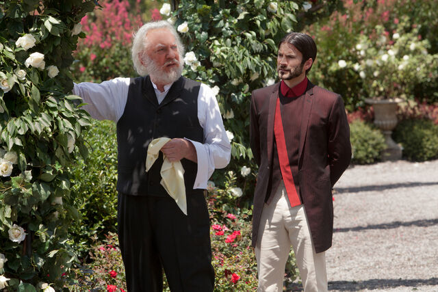 File:Copy of donald-sutherland-wes-bentley-the-hunger-games-image.jpg