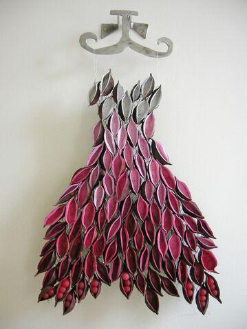 File:Dress (1).jpg