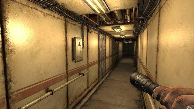 File:Upper Deck Hall.jpg