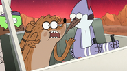 S8E05.033 Cool! Bugs with guns