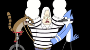 S4E25.052 Mordecai and Rigby Putting the Shirt on Skips