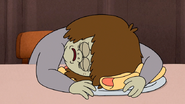 S4E34.145 Muscle Man Passing Out on Hot Dogs
