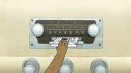 S4E25.101 Rigby Inserting His Mixtape