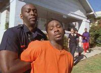 1x02 Julien-arrests-marlon