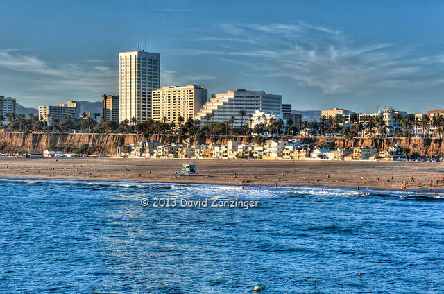 File:Santa-Monica-beach-CA-Skyline.jpg