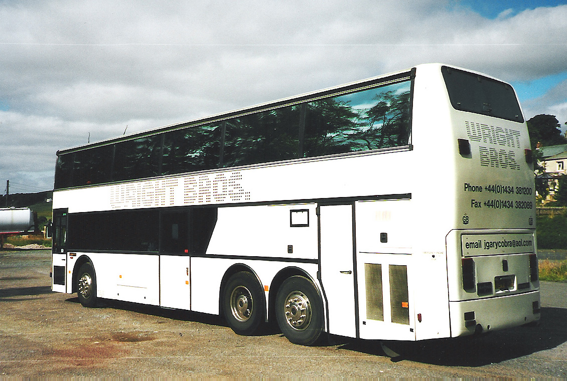 Sleeper bus | Tractor & Construction Plant Wiki | Fandom ...