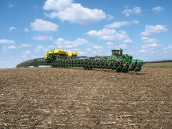 John Deere DB120 48 row planter