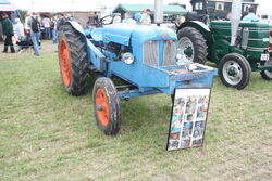Auto Mower winch on a Fordson at GDSF 08