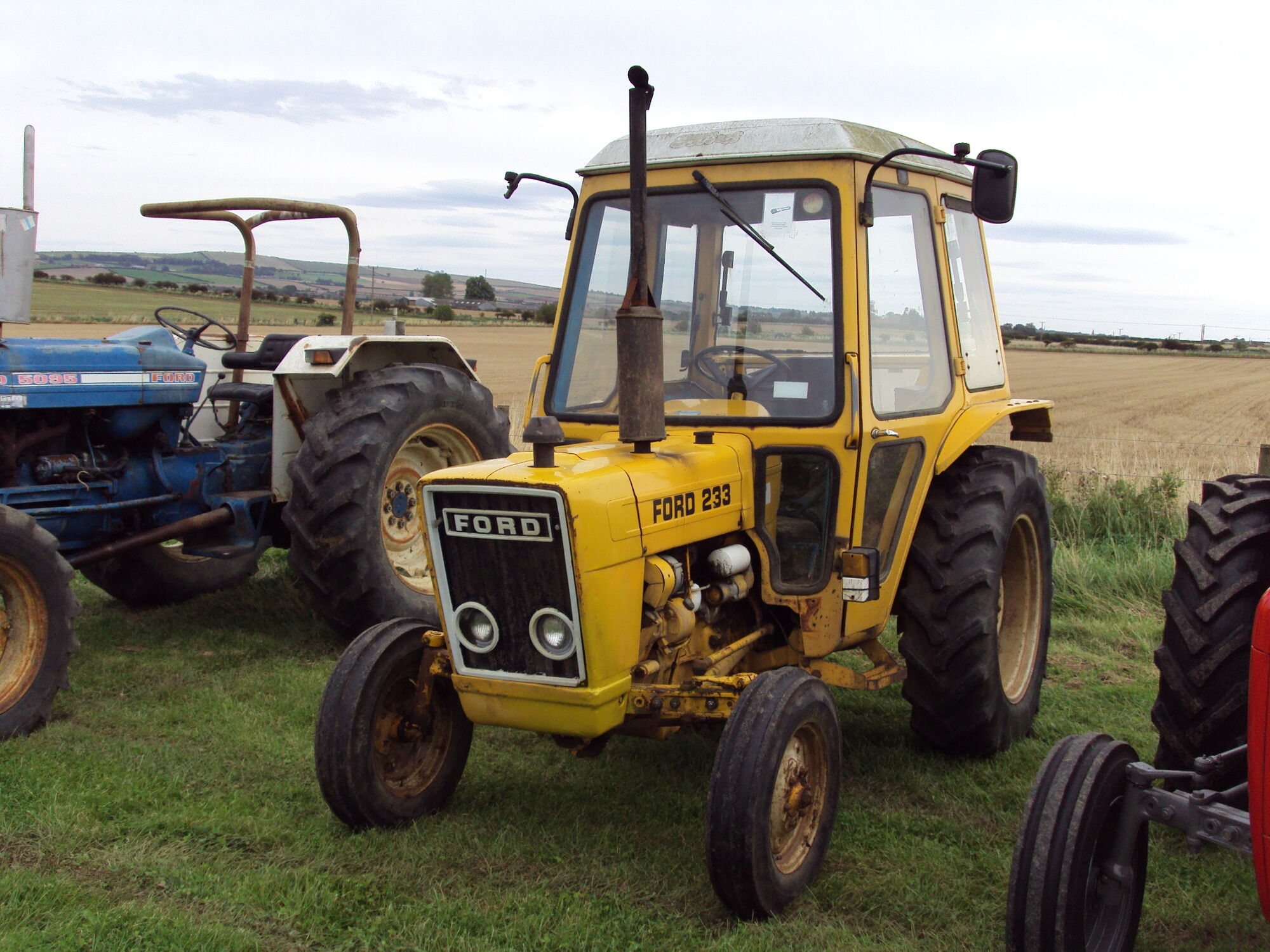 Industrial Ford 2000 Tractor : Ford industrial tractor construction plant wiki