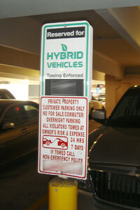 Hybrid parking sign DC 07 2010 9571