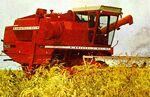 MM 7600 Companion combine (red) - 1974