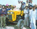 Mahindra Gujarat MG 450 (yellow)-2001