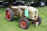 Lister Goldstar tractor - 9430 DF - at Fairford 09 - IMG 5588