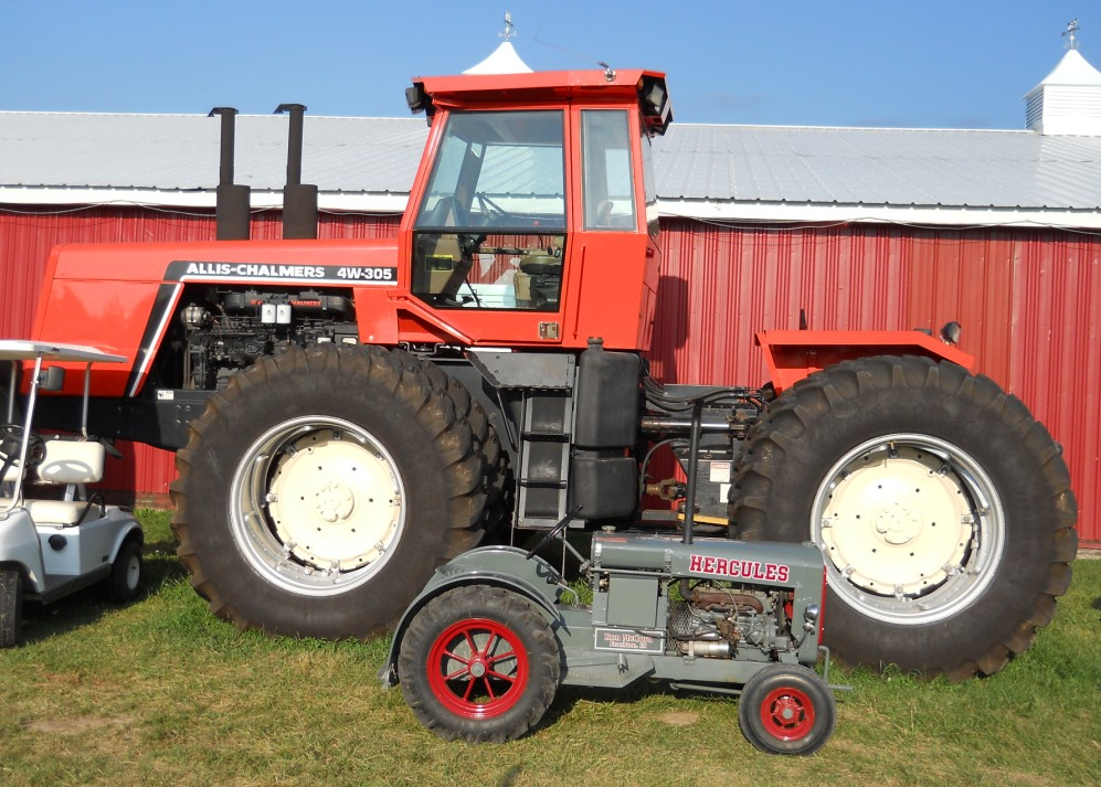 Allis Chalmers 4w 305 Tractor Amp Construction Plant Wiki