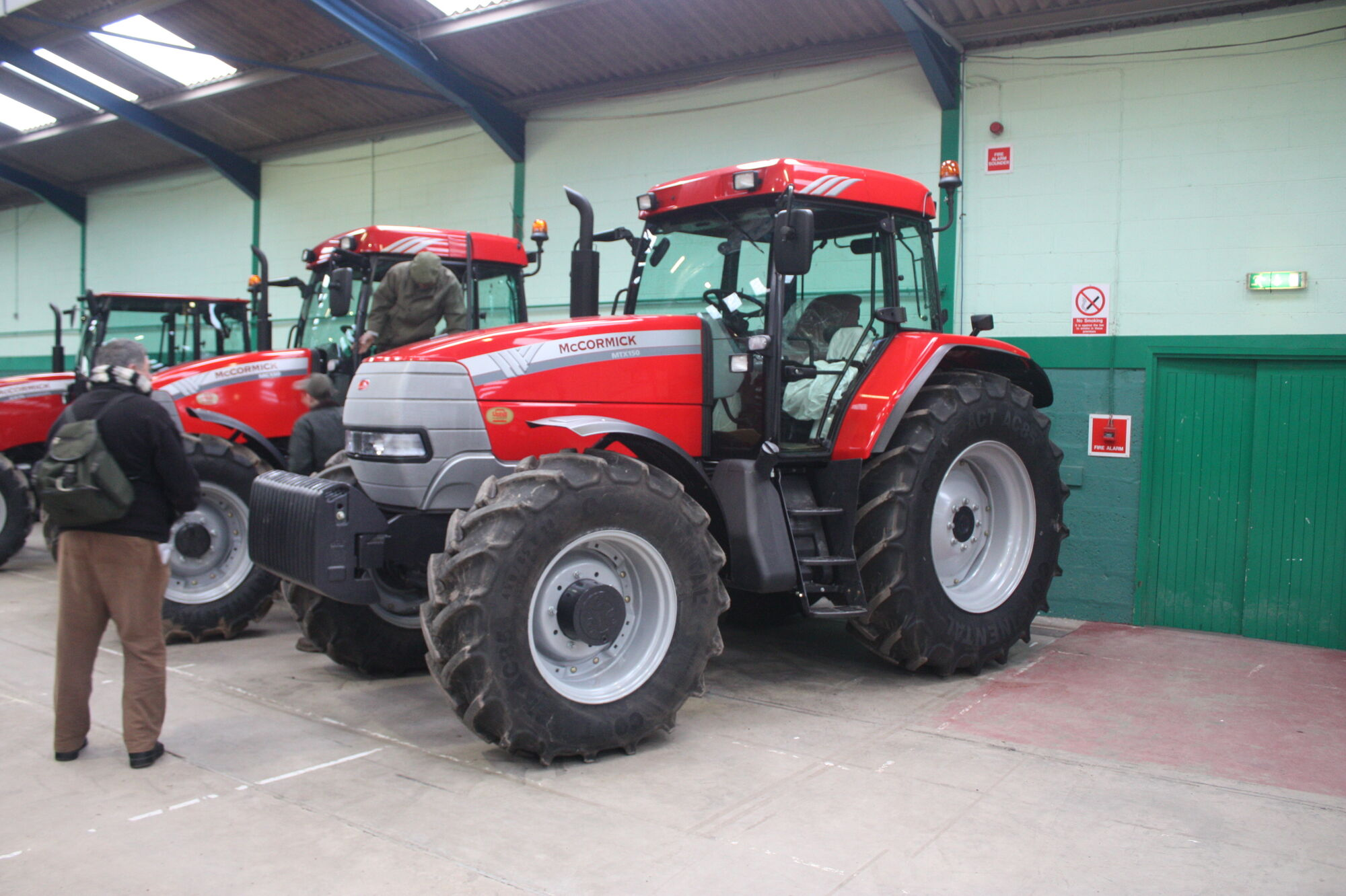 mccormick tractors tractor  u0026 construction plant wiki ford 4610 fuse box