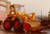 A 1980s BRAY 552 4WD Loader