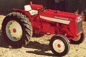 International 444 1968