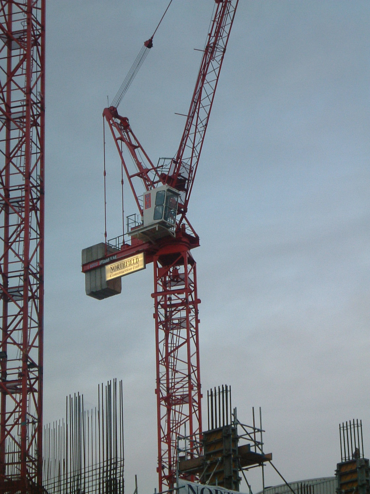 Tower crane tractor construction plant wiki fandom for The crain