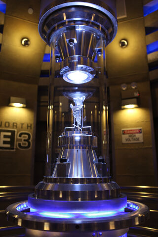 File:TRANSFORMERS-The-Ride Preshow-ALLSPARK-Containment.jpg