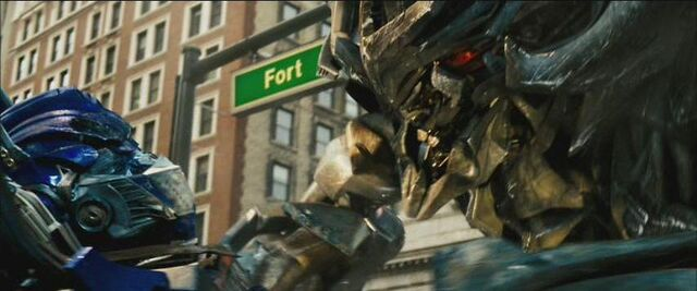 File:Movie Optimus Megatron.JPG