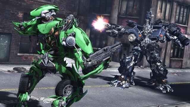 File:Dotm-ironhide-game-battle.jpg