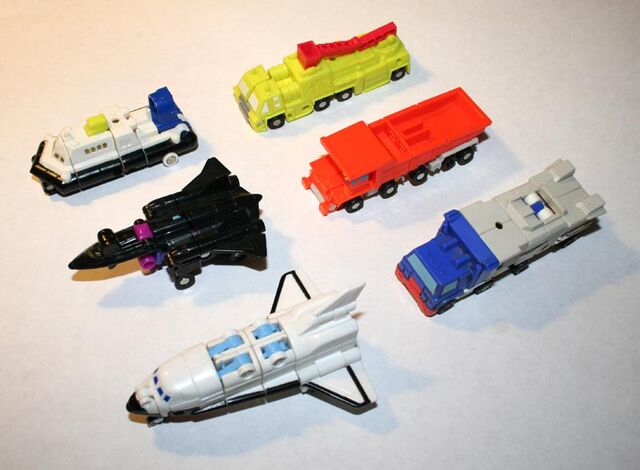 File:Micromastercombiners-vehicles.jpg
