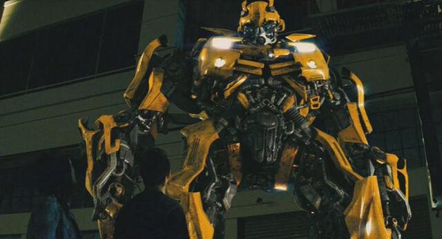 File:Movie BumblebeeCC guardian.jpg