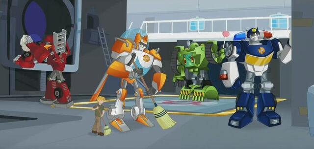 File:WalkOnTheWildSide Rescue Bots clean station.jpg