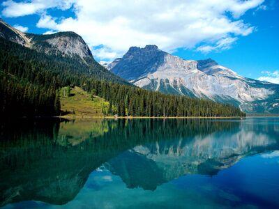 Emerald lake yoho national park british columbia canada