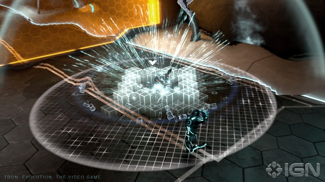 File:Tron-evolution-20100520103728155 640w.jpg
