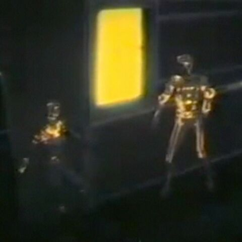 File:Tron Yori Yellow Circuitry.jpg