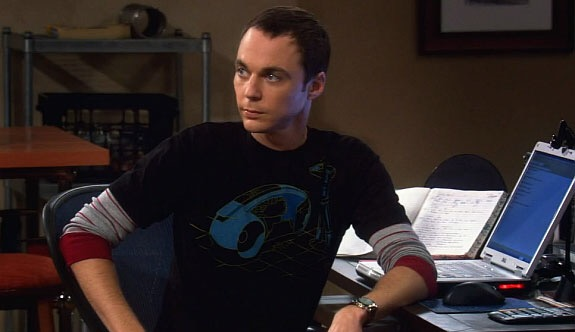 File:TRON T-Shirt from a May, 2008 Episode of 'The Big Bang Theory' TV Show 4887.jpg