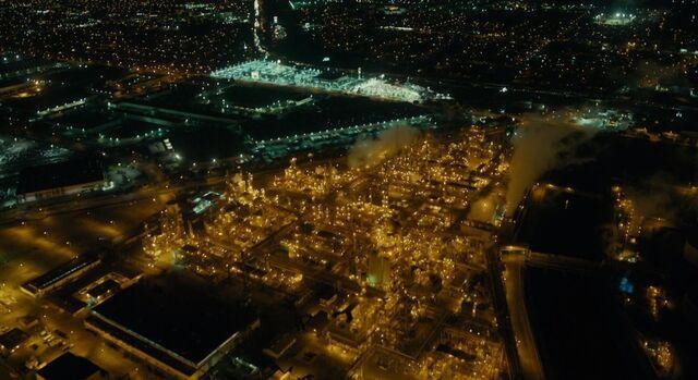File:City of vinci night.jpg