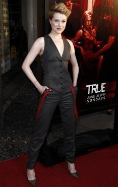 File:110621 Premiere True Blood LA 12.jpeg