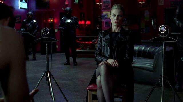 File:3x09 -the authority watches eric via webcam 2.jpg