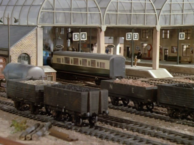File:Thomas'Train11.png