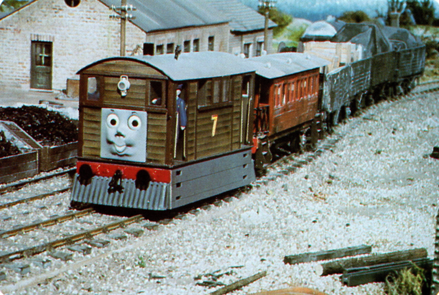 File:ThomasinTrouble60.png