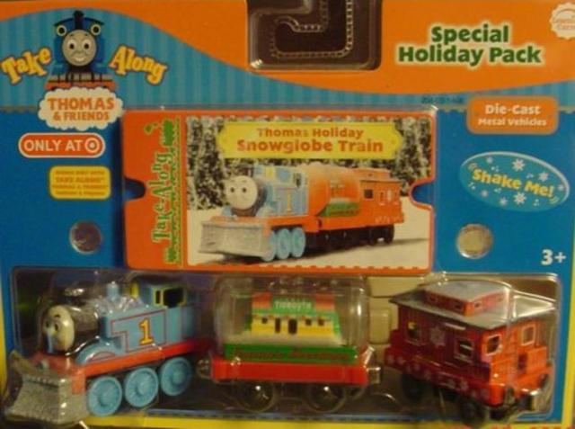 File:TakeAlongThomas'HolidaySnowglobeTrainPack.png