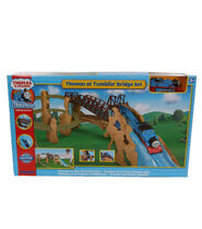 TrackMaster(Tomy)ThomasatTumblin'Bridgebox
