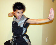 Taylor Lautner 14543